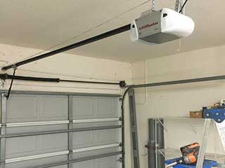 Door Maintenance | Garage Door Repair Davis, CA